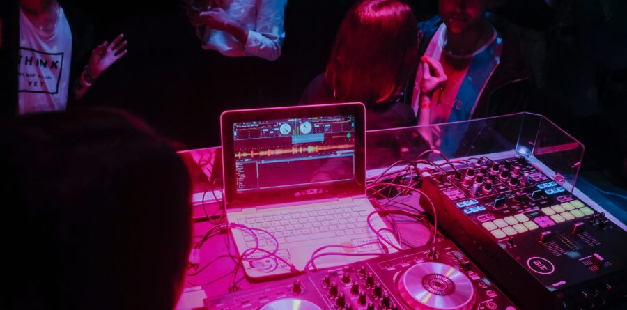 Become A DJ With 3 Steps Anyone Can Do!