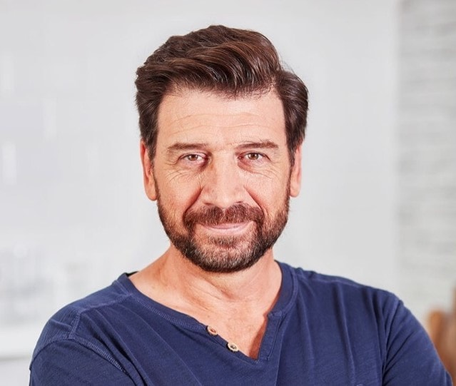 Declutter your home with Nick Knowles